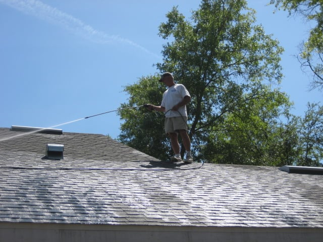 Pressure Washing Roof Gainesville, FL